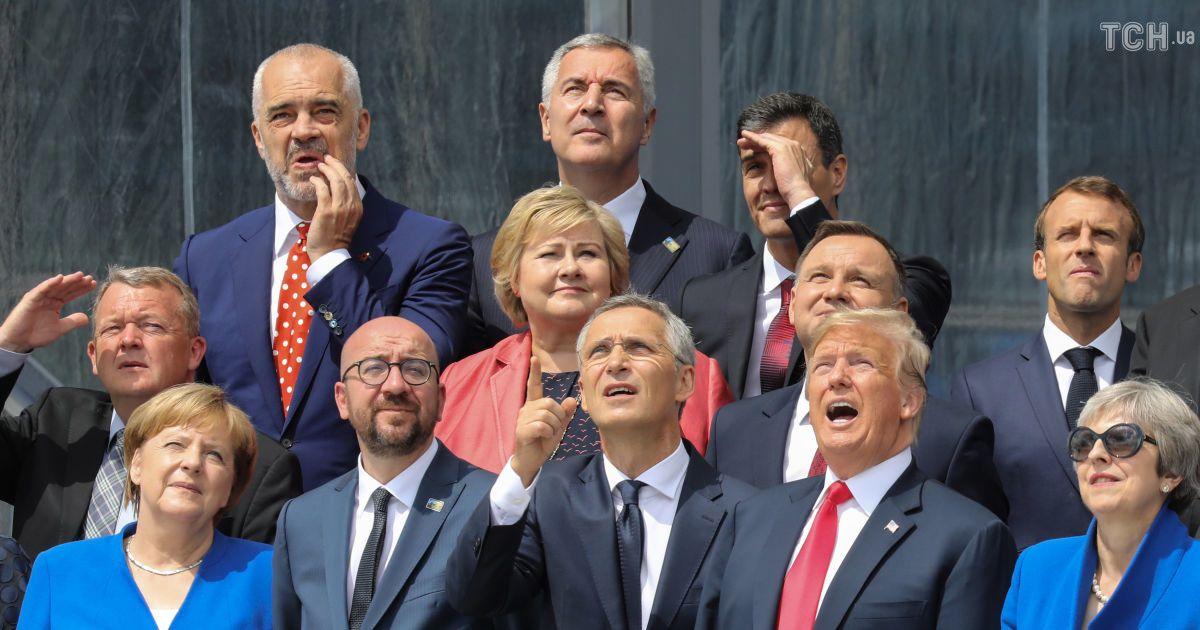 Улыбки и ужимки: все гримасы Трампа на саммите НАТО