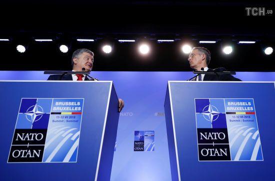 Миротворча місія ООН на Донбасі є позицією країн НАТО - Порошенко