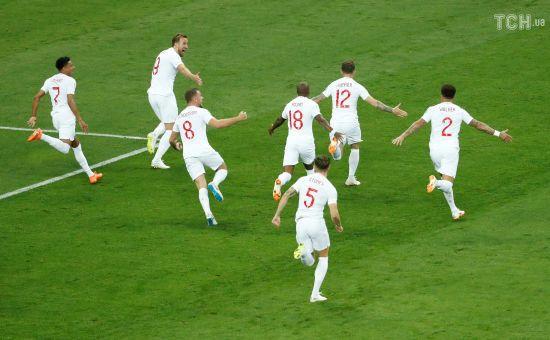Ляп року: футболісти збірної Англії побігли забивати, поки хорвати святкували з фанатами