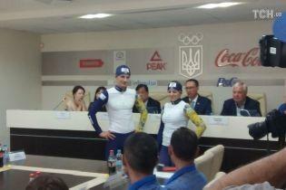 Збірну України з біатлону на новий сезон одягнули китайці
