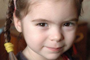 Щонайменше 60 тисяч гривень потрібні на лікування Катеринки