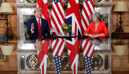 """Трамп заявив про """"сильні"""" відносини США і Британії"""