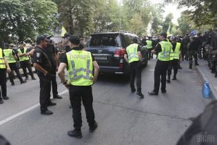 Полиция открыла уголовные производства из-за стычек под Радой и наезда авто на человека