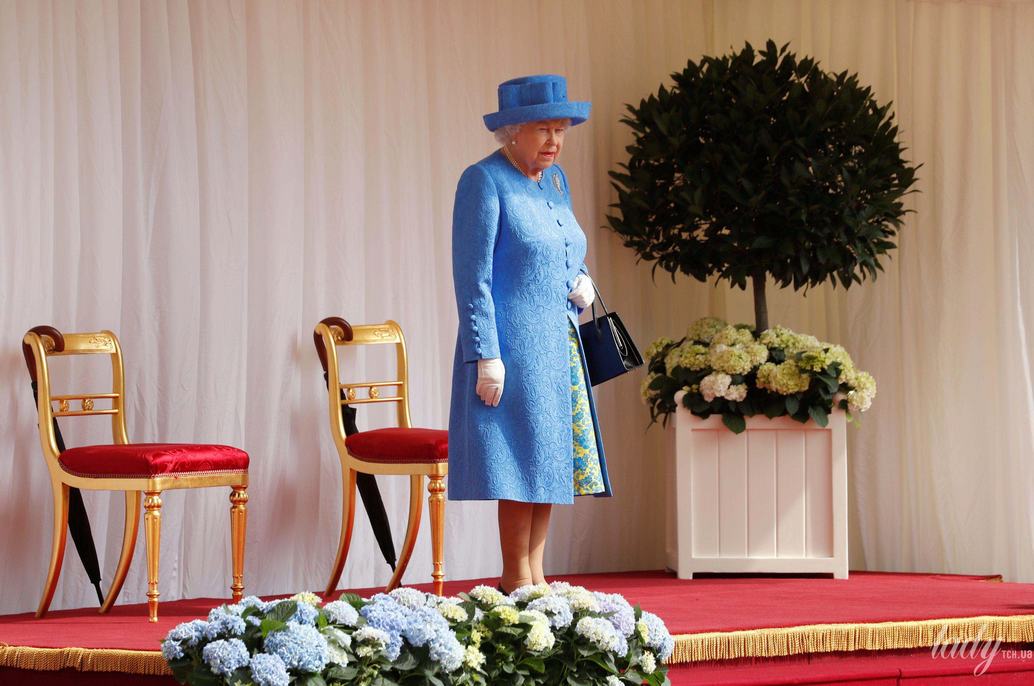 Королева Елизавета II, Мелания Трамп и Дональд Трамп_14