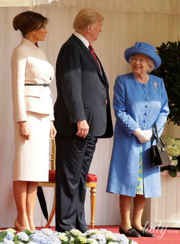 Королева Елизавета II, Мелания Трамп и Дональд Трамп_16