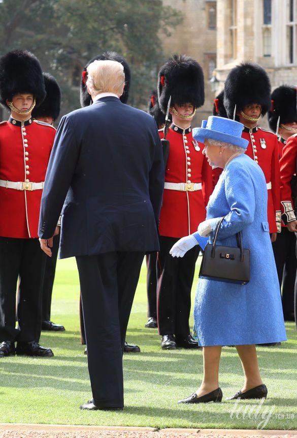 Королева Елизавета II, Мелания Трамп и Дональд Трамп_22