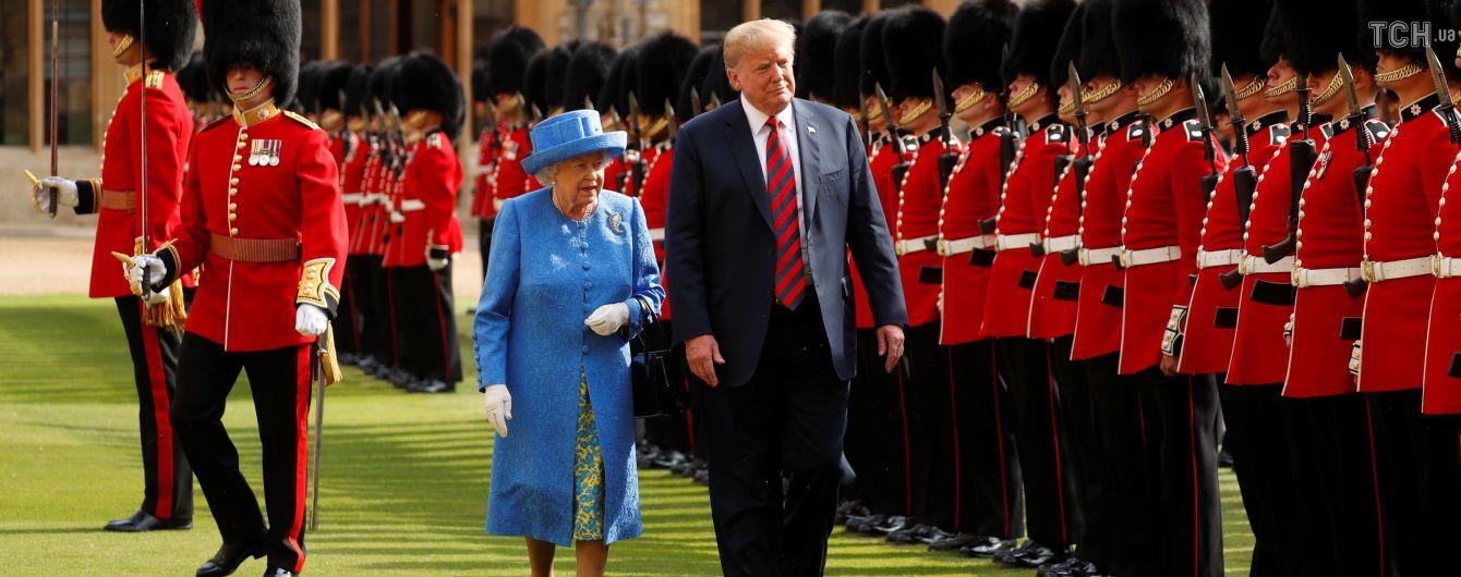 Трамп поужинал с Елизаветой II в Виндзорском дворце