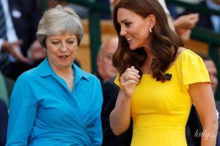 Затмила Терезу Мэй: герцогиня Кембриджская приехала на Уимблдон в ярком и дорогом платье от Dolce & Gabbana