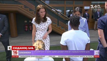 Кейт Міддлтон і Меган Маркл вперше офіційно з'явилися на публіці без своїх чоловіків