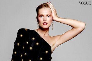 В откровенных нарядах и с ярким макияжем: Тони Гаррн в новом глянцевом фотосете