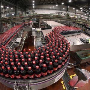 Coca-Cola, PepsiCo та Carlsberg зупиняють виробництво в Україні - Європейська бізнес асоціація