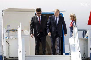 Путін із чималим запізненням прилетів до Гельсінкі на історичний саміт із Трампом