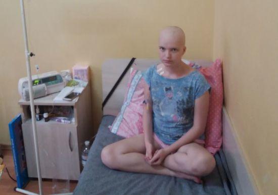14-річна Валерія потребує негайної допомоги