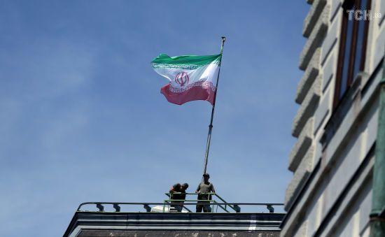 Іран оголосив про запуск стратегії, яка врятує країну від санкцій США