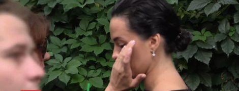 У чорному та з заплаканими очима: Астаф'єва підтримала акцію зоозахисників