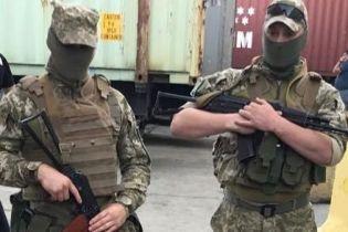 Борцы с контрабандой выявили нарушений на 2 млрд грн - Гройсман