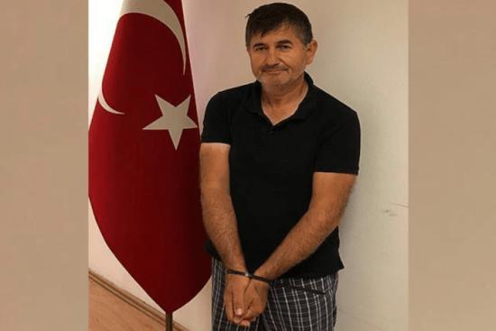 """""""Поводилися, мов бандити"""": очевидці розповіли про затримання СБУ турецького журналіста в Миколаєві"""