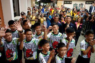 Спасенные из пещеры в Таиланде дети впервые рассказали, как прожили больше недели без еды и воды