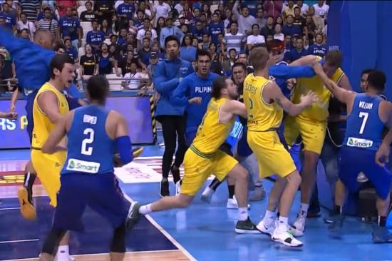 13 баскетболістів, які затіяли масове побоїще, покарали дискваліфікаціями