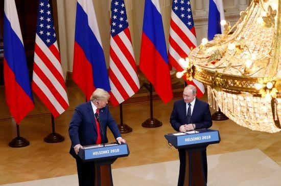 Трамп виступив з новими звинуваченнями у бік ЗМІ після саміту з Путіним