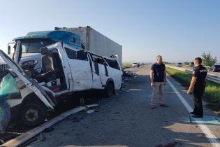 ДТП на Николаевщине: пассажиры маршрутки поделились тем, что им пришлось пережить