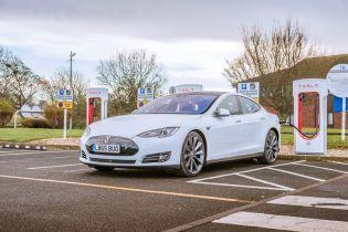 В Украине подсчитали количество электромобилей Tesla