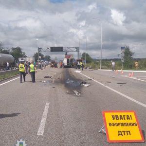 Под Житомиром произошло масштабное ДТП: 10 человек погибли, еще 10 травмированы