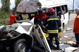 Смертельное ДТП на Житомирщине: полиция задержала владельца маршрутки