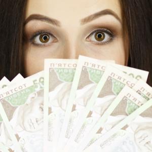Українці стали багатшими, але побоюються стрибків долара – дослідження
