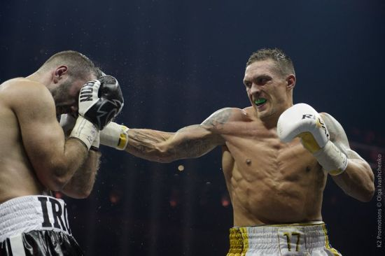 Кличко про перемогу Усика: він поїхав до Москви, виграв і змусив там прозвучати переможний гімн України