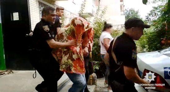 У Чорноморську затримали педофіла, який заманив до себе 8-річного хлопчика