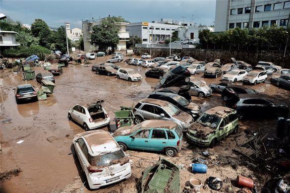 зливи в Греції