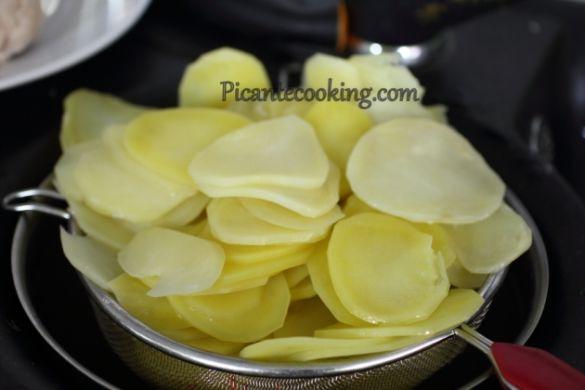 Запечена бринза з картоплею, для блогів_3