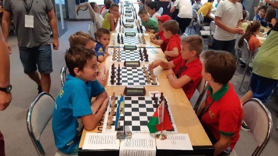 Мамо, я давно мріяв потролити так росіян: юний український шахіст відмовився спілкуватися російською
