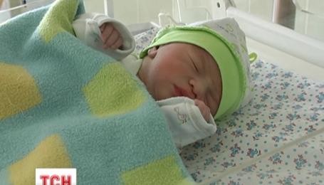 Первый ребенок 2016 года появился на свет на его первой минуте