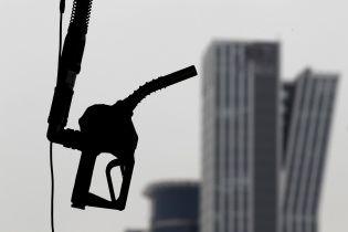 Сколько стоит заправить авто на АЗС утром 21 сентября
