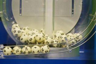 В США в лотерею разыгрывают джекпоты в 2 миллиарда долларов