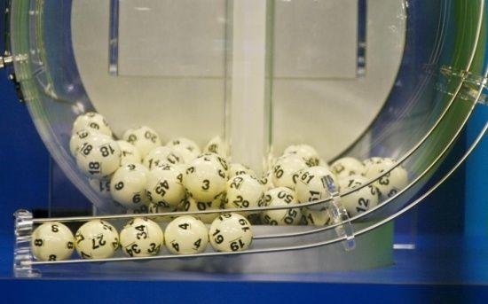 У США в лотерею розігрують джекпоти у 2 мільярди доларів
