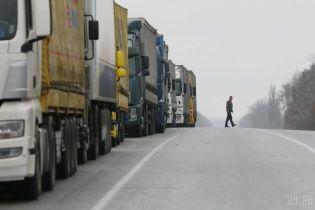 Великогабаритному транспорту обмежать в'їзд до Києва