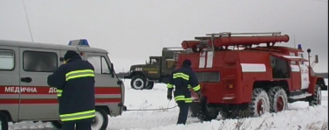 На Кіровоградщині через заметені дороги породілля декілька годин провела у сніговій пастці