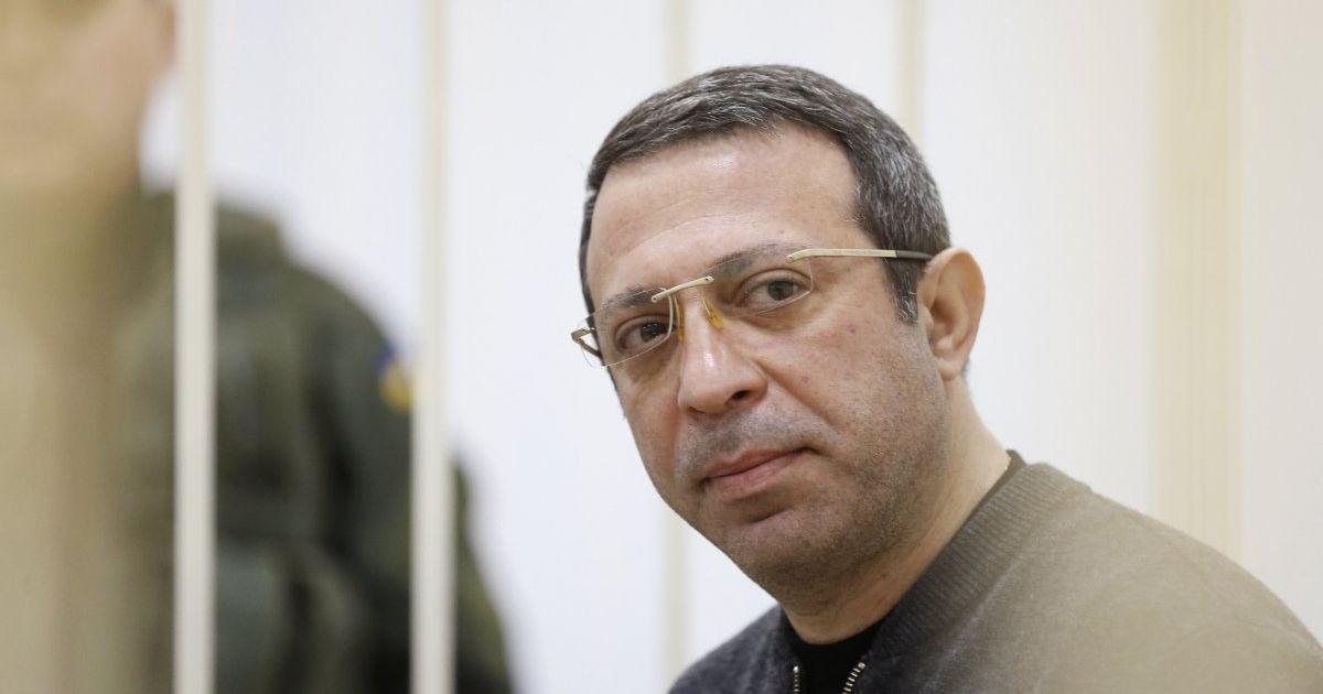 Адвокатам лідера УКРОПу вручили повістки