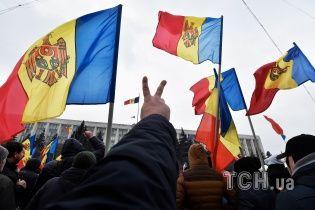 """Правительство на пороге отставки, а коалиция """"трещит по швам"""". Молдова вновь оказалась на грани политического кризиса"""