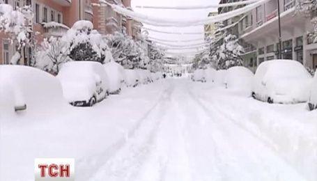 Снігова буря паралізувала Батумі