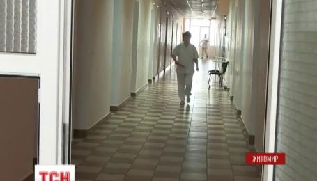 В Житомире после застолья в кафе грузинской кухни шесть человек попали в больницу