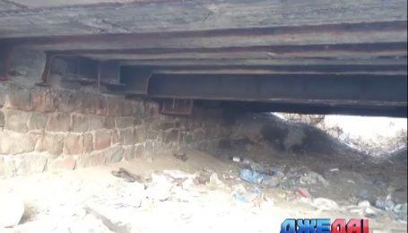 В Запорожской области охотники на лом похитили целый мост
