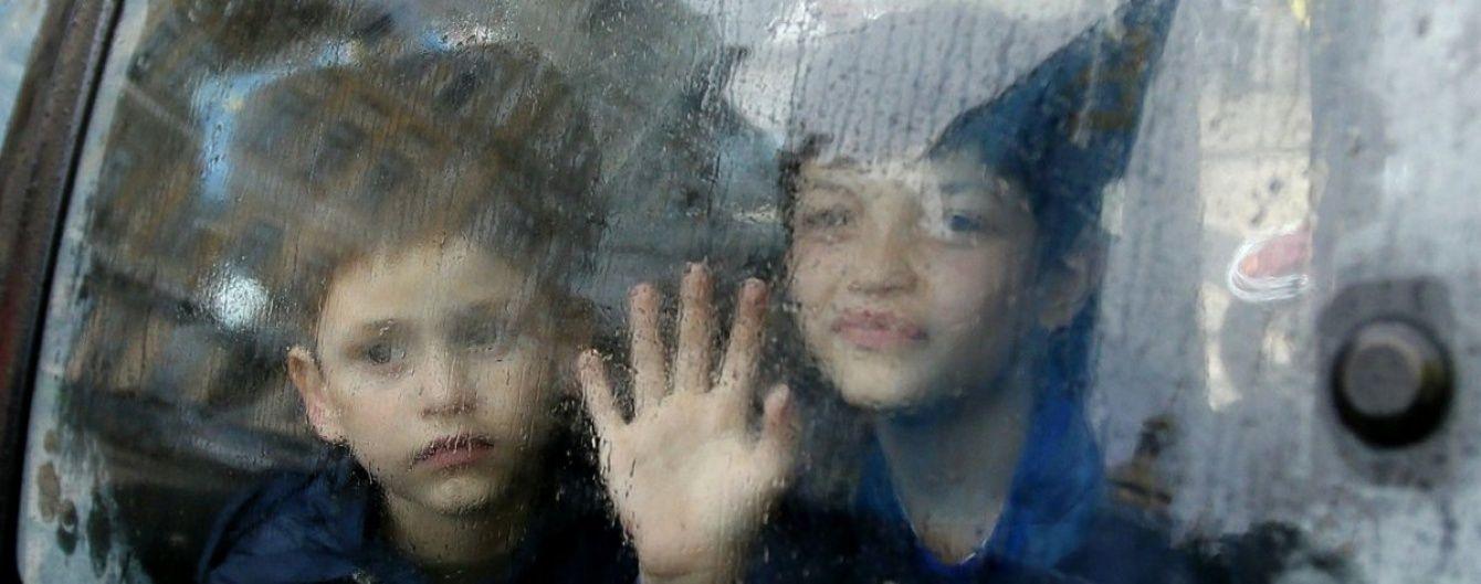 Після анексії Криму на півострові дедалі більше порушуються права людини - єврокомісар