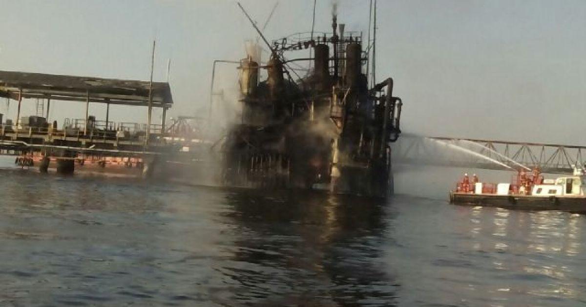 У Венесуелі вибухнула нафтова платформа @ Noticia al Dia