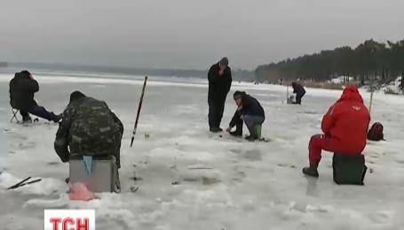 Спасатели призывают отчаянных рыбаков быть внимательными из-за оттепели
