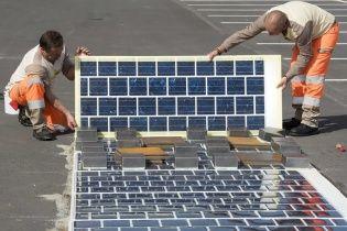 Во Франции построят дорогу вымощенную солнечными панелями