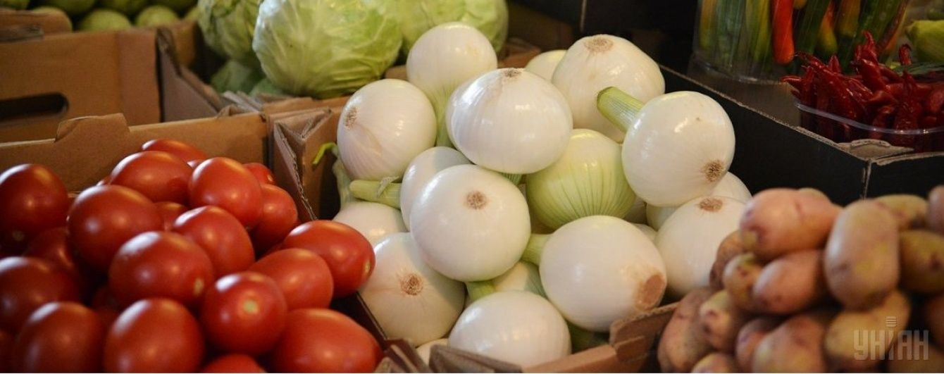 В Україні здешевшали овочі з борщового набору